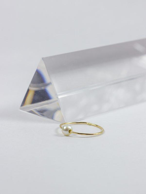 Anillo perla de Oro 18k