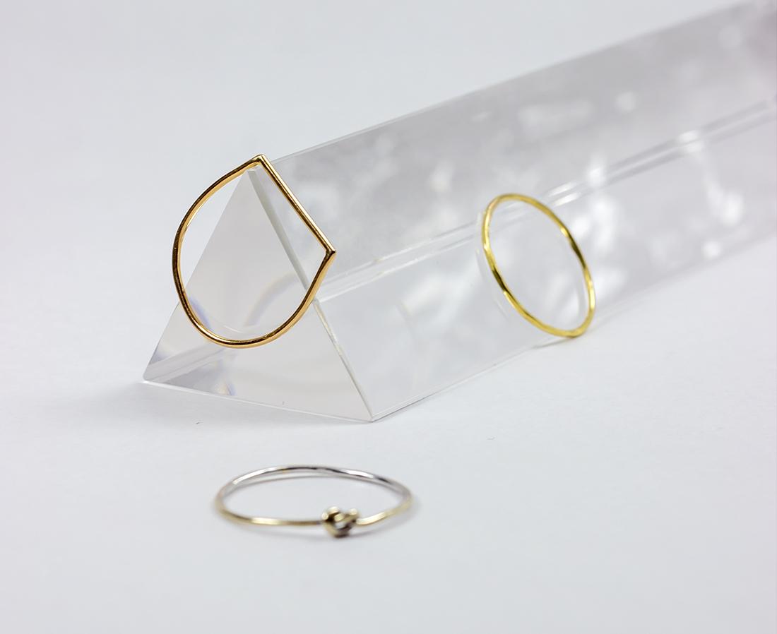 Anillos minimalistas de Oro 18k