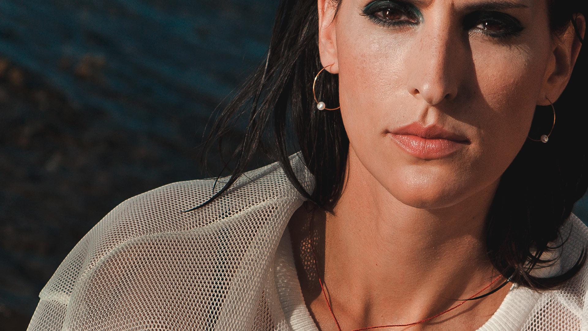 Pendientes Aro de Oro 18k y perlas